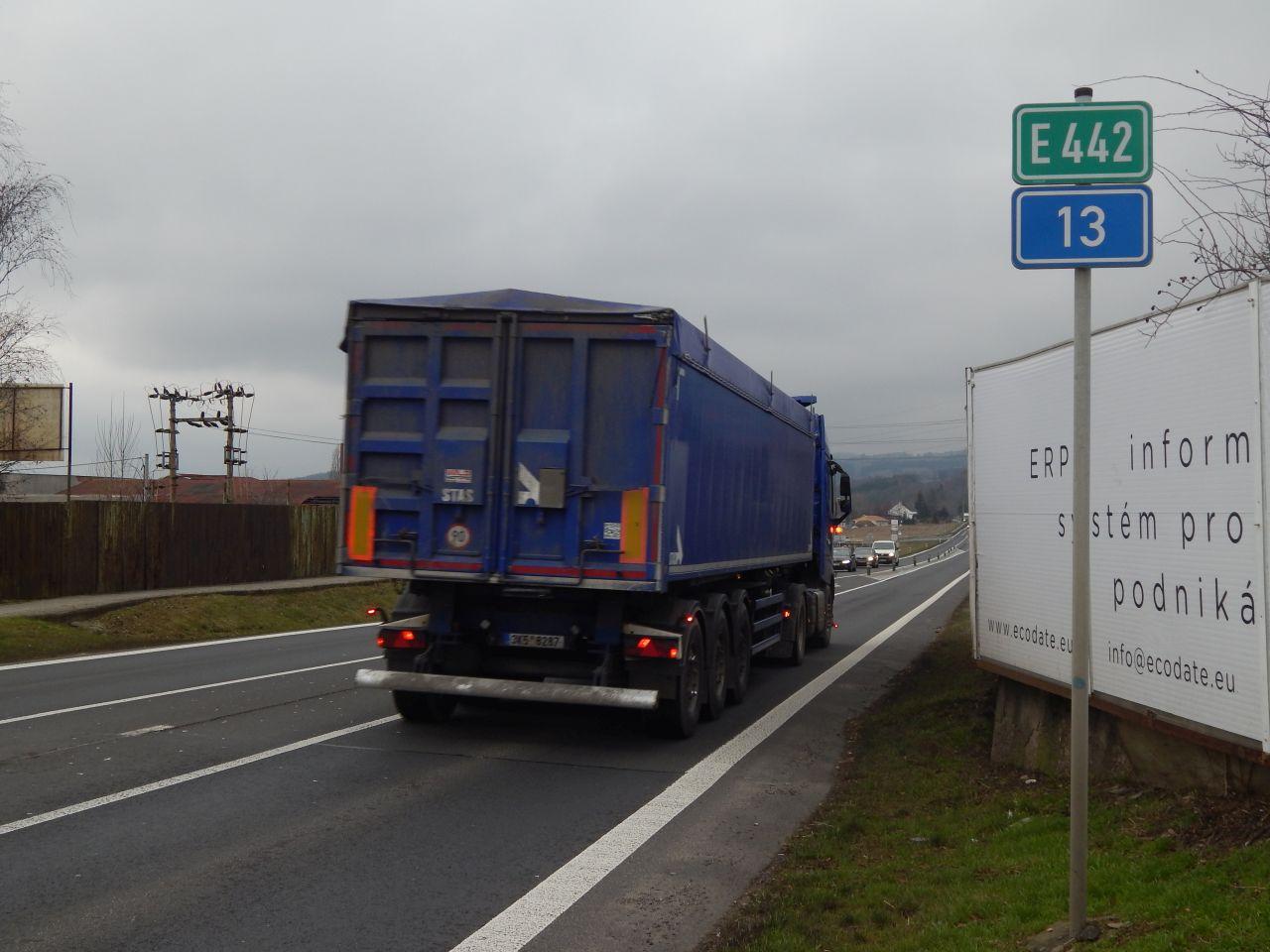 Silnice I/13 v Málkově u Chomutova. Autor: Zdopravy.cz/Jan Šindelář