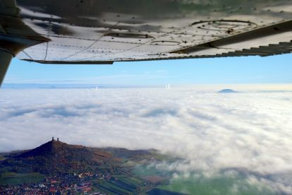 Fotografický let kolem Házmburku. Foto: Radovan Smokoň