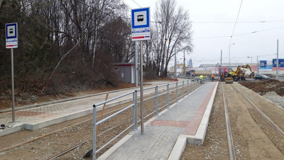Smyčka Ústřední hřbitov v Brně po opravě. Pramen: DPMB