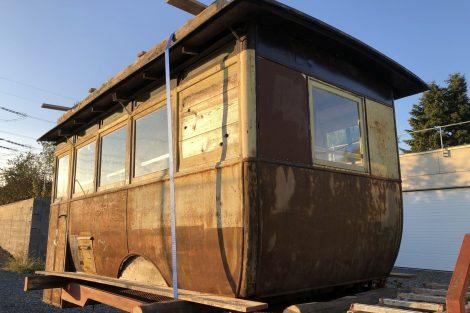 Torzo autobusu Laurin & Klement s karosérií Brožík z roku 1920. Pramen: archiv Martin Uher