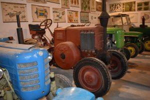 Muzeum traktorů a zemědělské techniky Chotouň. Foto: Vlastimil Kučera