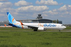 Boeing 737 společnosti flydubai v Praze. Pramen: Letiště Praha