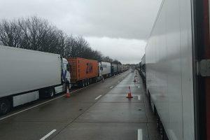 V koloně kamionů před Doverem. Foto: Milan Šenkýř