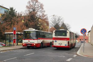 Autobusy Karosa B 951 v Letňanech. Foto: Ropid