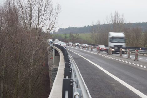 Oprava mostu u Kurovic na silnici I/7. Foto: ŘSD