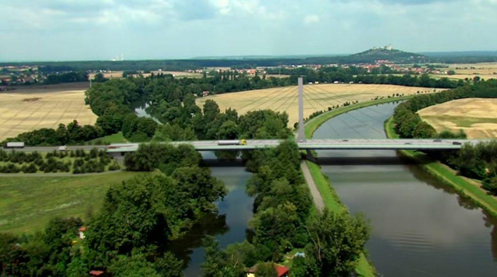 Most přes Labe na trase severovýchodního obchvatu Pardubic. Foto: ŘSD