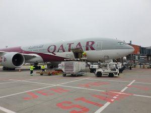 Boeing 777-300ER Qatar Airways v Praze. Foto: Rosťa Kopecký / Flyrosta.com