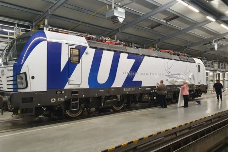 Polep lokomotivy Siemens Vectron. Foto: VUZ