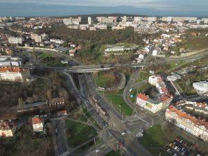 Ulice V Holešovičkách v oblasti Bulovky. Pramen: Praha 8