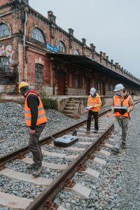 Zaměřování viaduktu georadarem. Pramen: KAM Brno