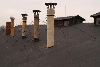 Opravené dýmníky ve výtopně. Foto: archiv B. Škody