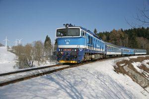 Spěšný vlak mezi Jeseníkem a Zábřehem na Moravě. Foto: České dráhy