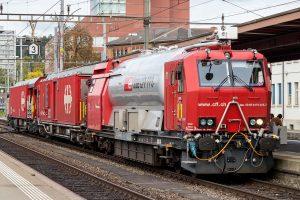 Záchranný vlak Švýcarských spolkových drah (SBB). Von JoachimKohlerBremen - Eigenes Werk, CC BY-SA 4.0, https://commons.wikimedia.org/w/index.php?curid=46708195