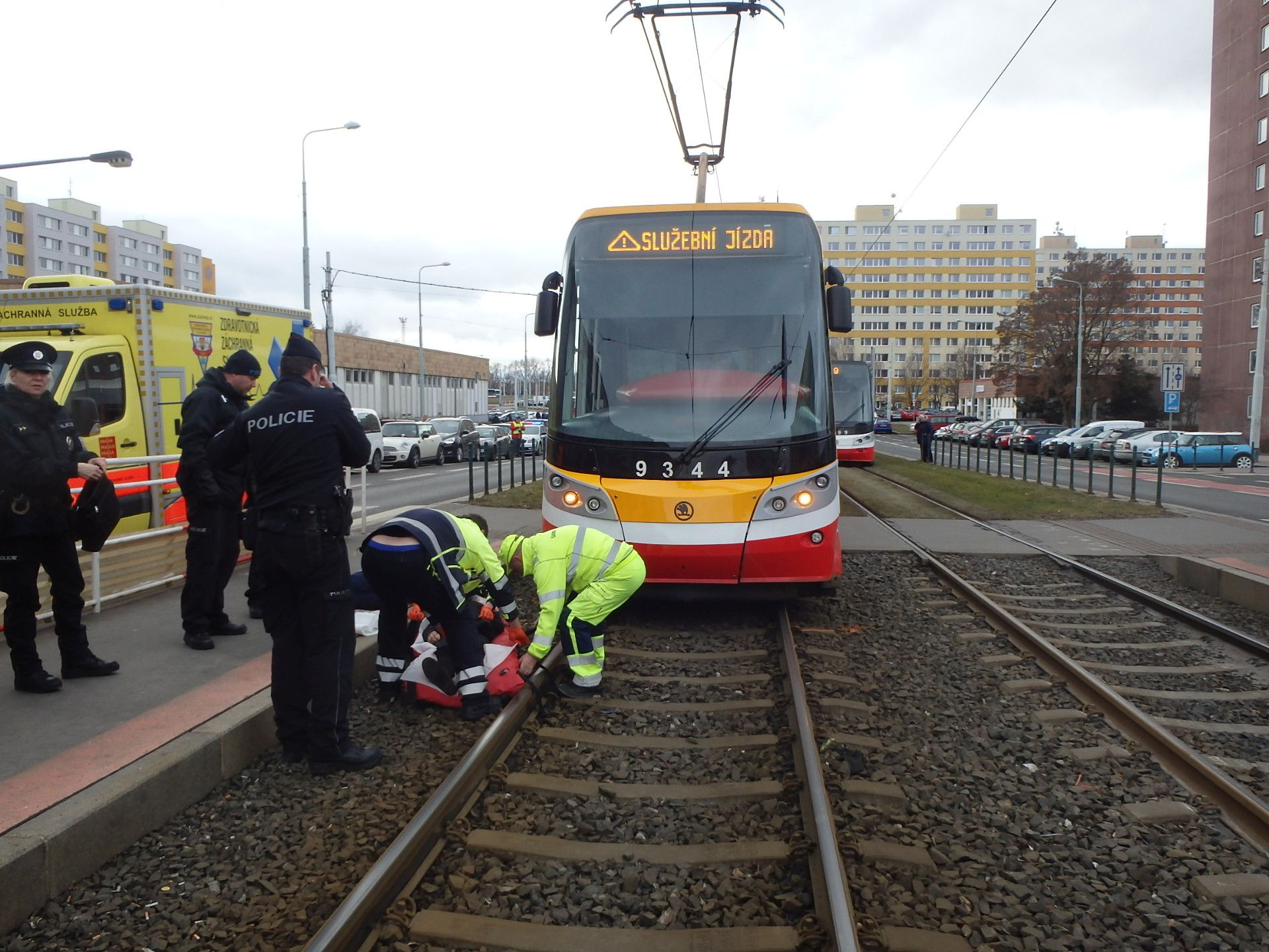 Srážka chodce s tramvají. Foto: DPP