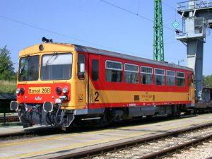 Ikona maďarských lokálek pochází z Československa. Pramen: Taurus1047.5 a(z) magyar Wikipédia