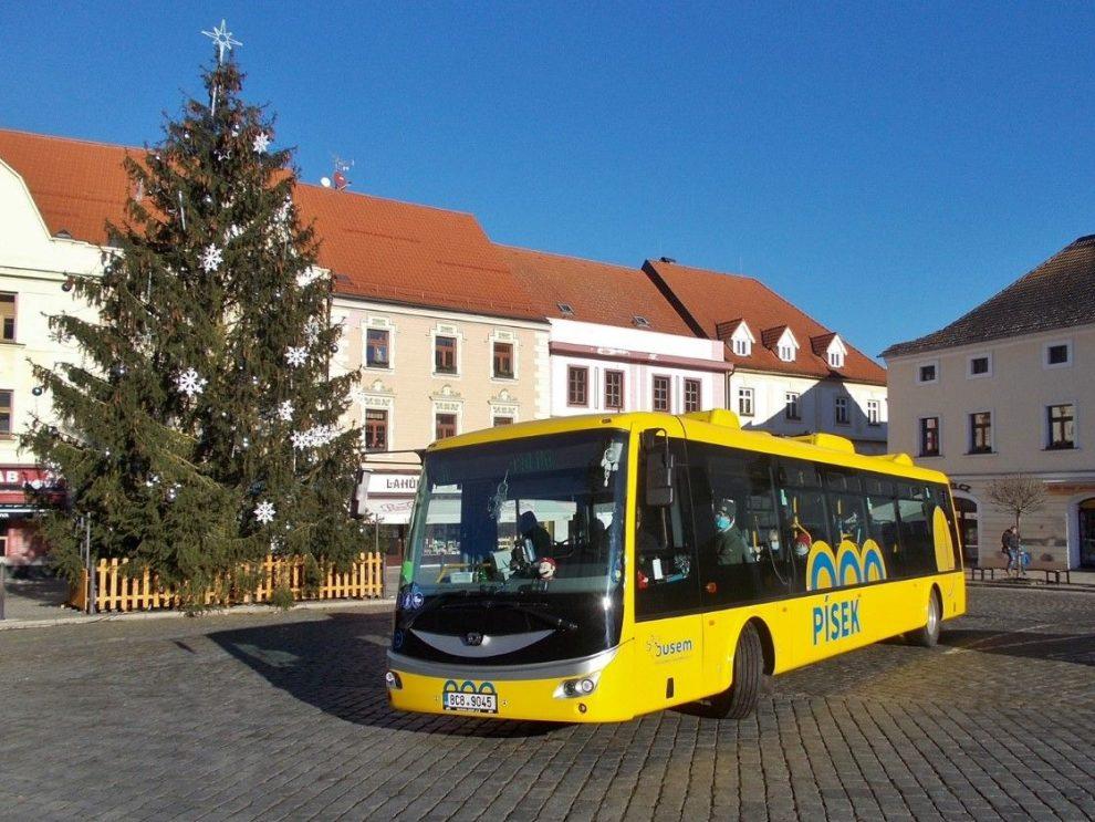 Elektrobus SOR společnosti ČSAD Autobusy ČB v písecké MHD. Pramen: ČEZ