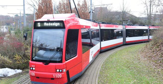 Tramvaj GT8N v Norimberku. Foto: VAG
