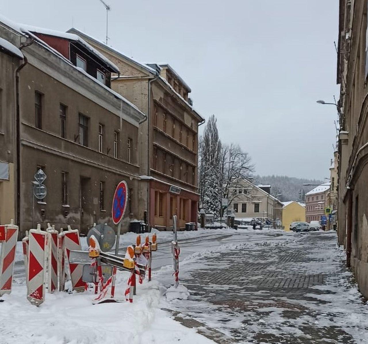 Omezení v Podhorské ulici. Foto: Liberecký kraj