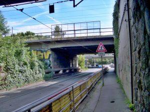 Původní vzhled křížení Průběžné ulice a koridoru. Foto: Správa železnic