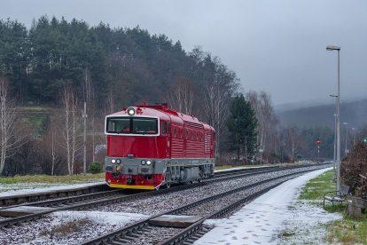 Zkušební jízda lokomotivy 750.338. Foto: Rado Mojžíš