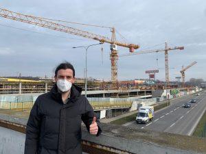 Stavba nového parkovacího domu na Černém Mostě. Foto: FB Adama Scheinherra