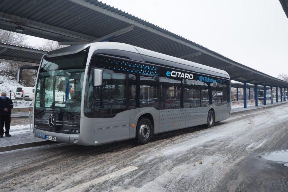 Elektrobus Mercedes Benz eCitaro na testech v Třebíči. Pramen: Město Třebíč