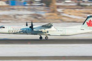 Dash 8-Q400 v barvách Air Canada Express. Foto: Liam Allport / Flickr.com