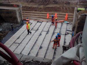 Výstavba podchodu v Holešovicích. Foto: Martin Vondráček