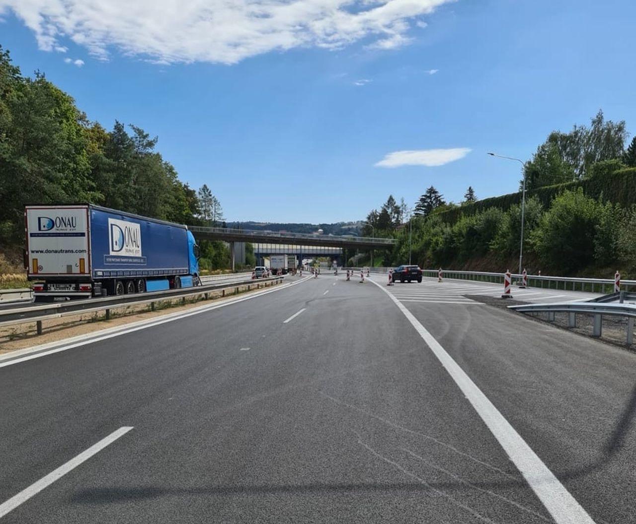 D1 u Mirošovic. Foto: Eurovia
