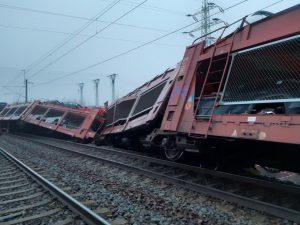 Srážka nákladních vlaků u Otrokovic. Foto: Drážní inspekce