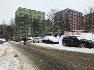 Parkování na sídlišti Špičák v České Lípě. Foto: Městský úřad Česká Lípa