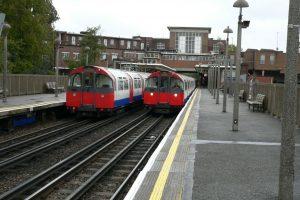 Stávající soupravy metra na Piccadilly Line. Foto: Chris McKenna (Thryduulf) / Wikimedia Commons