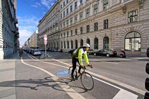 Vídeň, cyklista, ilustrační foto. Autor: © Julius Silver