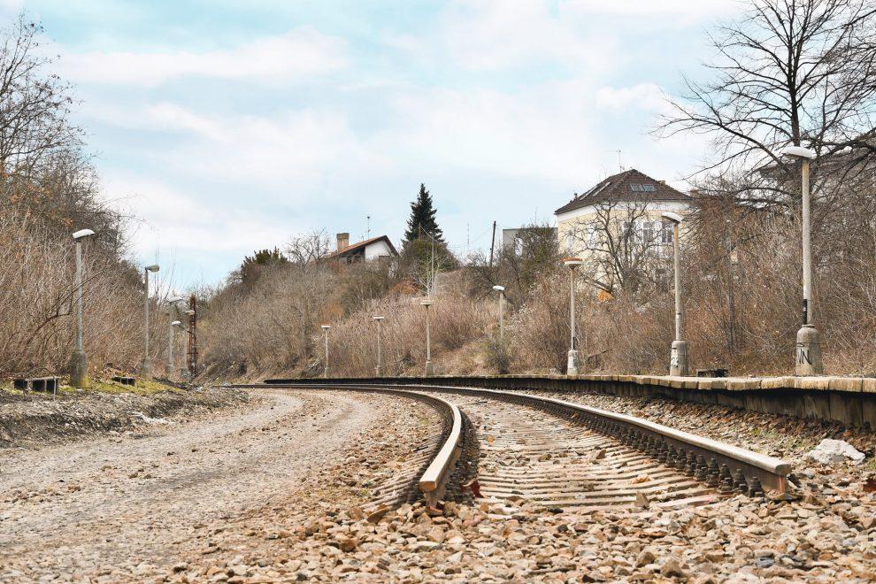Torzo staré strašnické trati. Pramen: ROPID