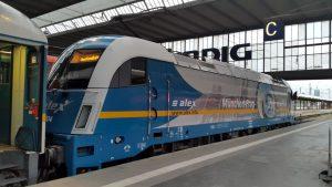 Lokomotiva Siemens řady 183 v čele expresu z Mnichova do Prahy. Foto: Dolansapur / Flickr.com