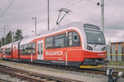 Nová elektrická jednotka 495.951 pro TEŽ. Foto: Makbedrik dream photo / FB profil ZSSK