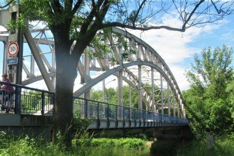 Most přes Odru v Ostravě na I/56. Pramen: ŘSD