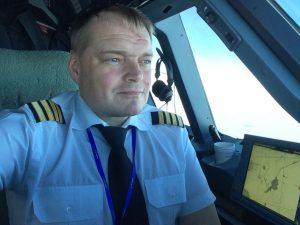 Aleš Tondl jako pilot velkého dopravního letadla. Autor: Aleš Tondl