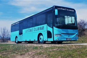 United Buses na linku do Dačice - Brno nasazuje autobus Iveco Arway. Foto: United Buses