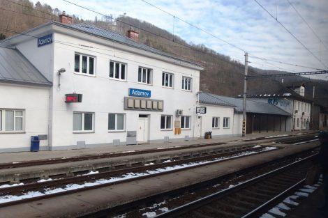 Současný stav stanice Adamov. Foto: Palickap / Wikimedia Commons