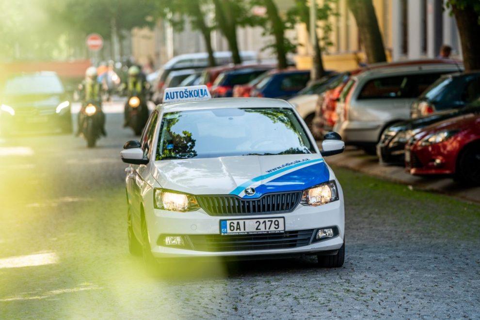 Vozidlo autoškoly. Foto: Autoškola Horázný