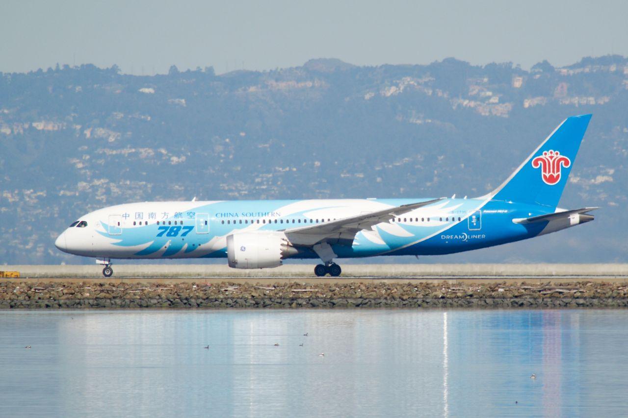 Boeing 787-9 v barvách China Southern. Foto: Bill Abbott / Flickr.com