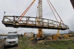 Most z roku 1908 poputuje na renovaci. Pramen: ŘVC