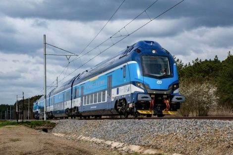 Souprava push-pull od Škody Transportation pro Moravskoslezský kraj. Pramen: České dráhy