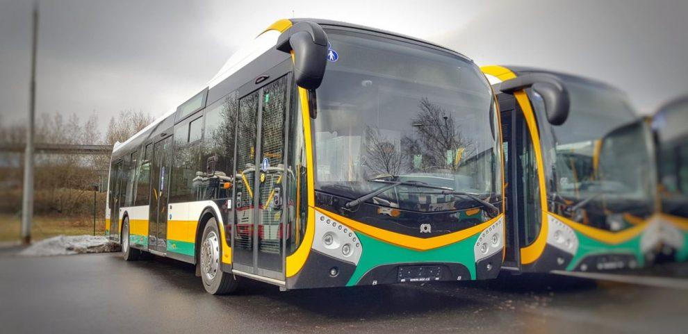 Autobus SOR NS 12 v barvách Dopravního podniku měst Liberce a Jablonce nad Nisou. Foto: DPMLJ