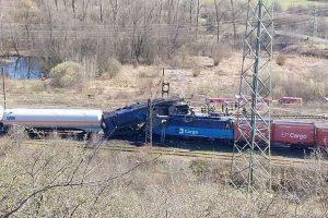 Srážka nákladních vlaků ve stanici Světec. Foto: Česká televize / Facebook - Události v Severních Čechách