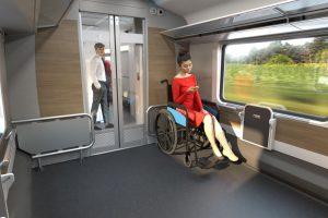 Multifukční vůz a prostor pro vozíčkáře v nové soupravě na 230 km/h pro České dráhy. Foto: Siemens