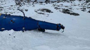 Trosky vrtulníku po nehodě na Aljašce. Foto: NTSB
