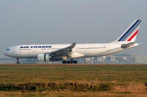 Airbus A330-200 registrace F -GZCP, který se zřítil do Atlantiku. Foto: Pawel Kierzkowski / Wikimedia Commons