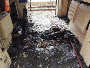 Požár RegioSpideru v Harrachově. Pramen: Správa železnic